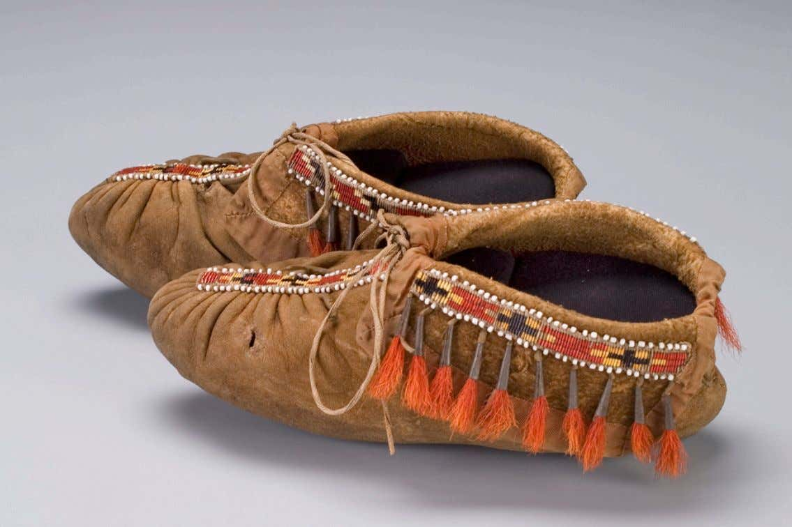 Eastern Woodlands Wyandotte / Huron Moccasins Collected & Worn by Lieutenant, Sir John Caldwell, of