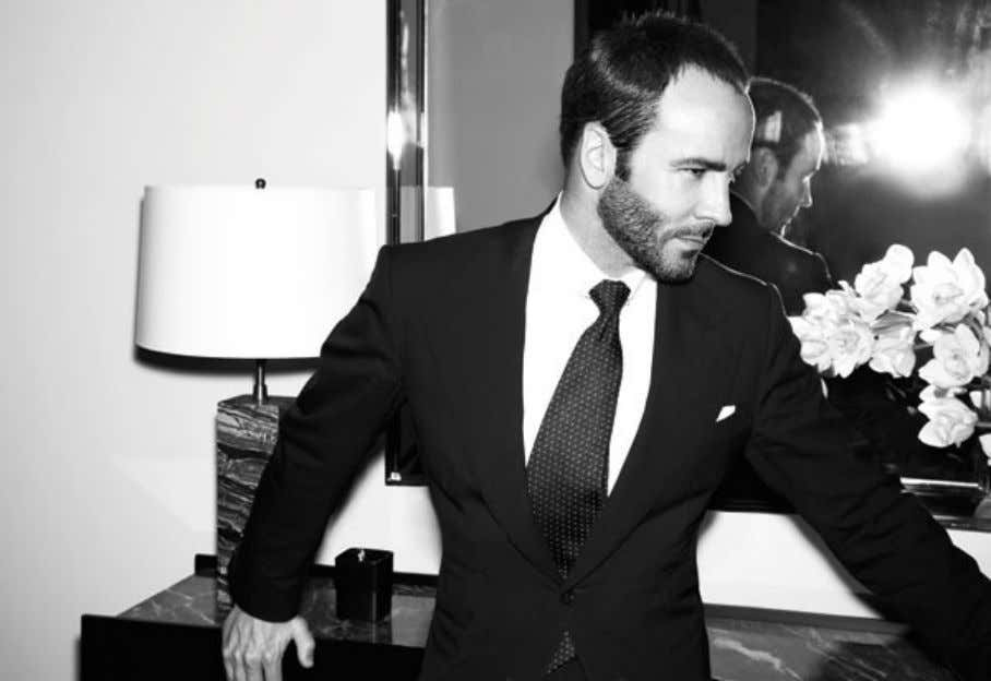 waist helping the legs look longer and the waist narrower. Here's Mr Tom Ford showing you