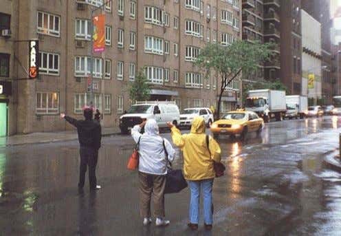 / Rain / Some Areas May Not Have Taxis Roaming on Streets NOW… (Uber) One-Tap Taxi