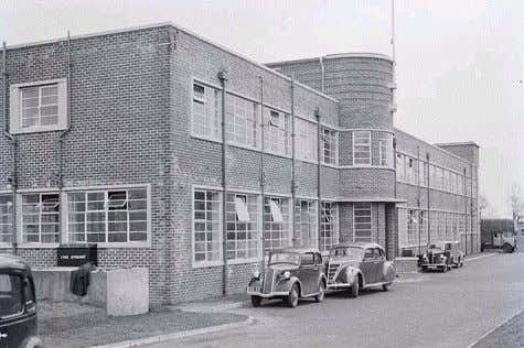 resistant to both chemical and abrasive attack (XA grade) Saunders site circa 1939, Cwmbran, UK Saunders