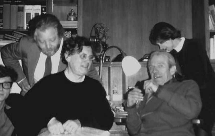 Introduction 11 From left to right: Hopi Lebel, Jean-Jacques Lebel, Félix Guattari, Gilles Deleuze, Fanny Deleuze,