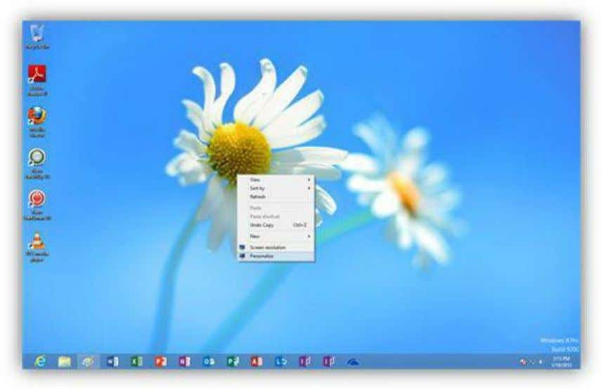 Figure 198: Desktop Context Menu You can choose a preconfigured theme from the list or