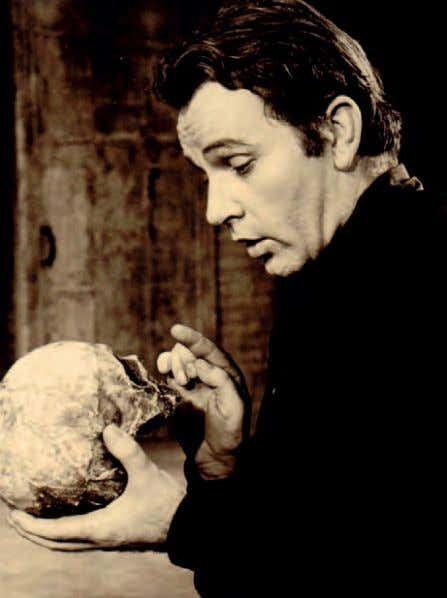 Richard Burton as Hamlet: To be or not to be: can you answer the question