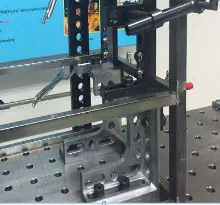 HT300 achieves the utmost in stability for this clamping and locating angle square. Ordering in pairs