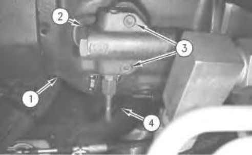 6. Turn the engine start switch key to the OFF position.
