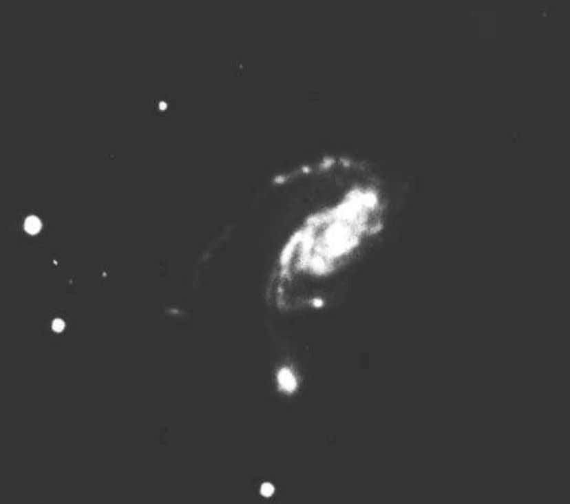 all the Way Down 93 Fig. 3-31. A galaxy from the ESO Catalogue of Southern Galaxies,