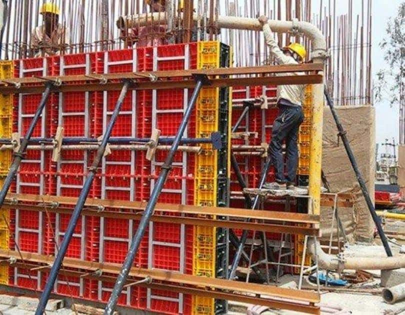 Fig.6: Installation of Plastic Formwork for Column Nova Plastic Formwork System It is produced from composite