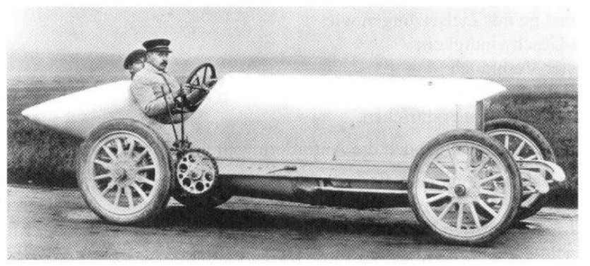 "History • ""Blitzen"" Benz, 1911 • 21.5 l, 200 hp, > 200 km/h • pointed cooler"