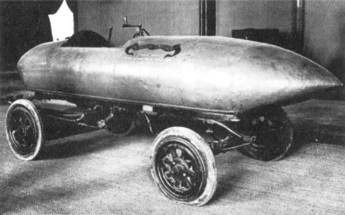 Record vehicles • First vehicle > 100 km/h • Jenatzky, 1899 • electric engine • l/d
