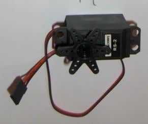 loop circuitry . Servo Wiring All servos have three wires: Black or Brown is for ground.