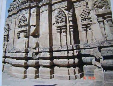 Building Science of Indian Temple Architecture Figure 20.1 Figure 20.2 Figure 20a Walls with courses of