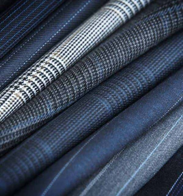 11 CUSTOM BY APPOINTMENT Sourcing fabrics from the finest mills in Europe, Oxxford continues to hand