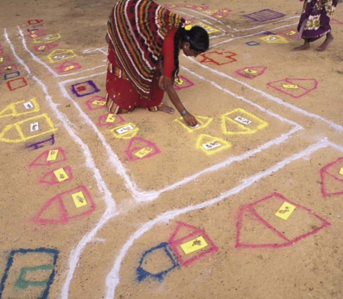 4 24 A project in Tamil Nadu, India, supported by the Ford Foundation, encouraging communities to