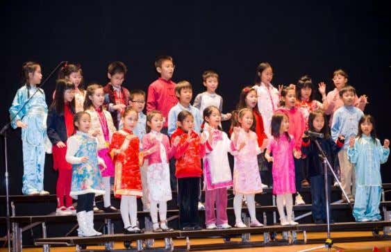 ) 石慧慧老師 ) (Contributed by: Ms. Shek Wai Wai Shek, Head of Year (Grade 3) )