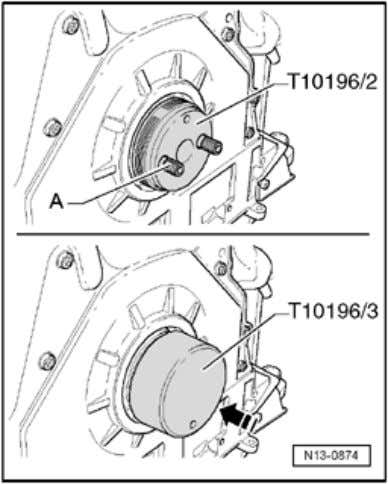 Sealing flan ges, seals and vibration damper Page 6 / 11 - Place assembly sleeve T1019