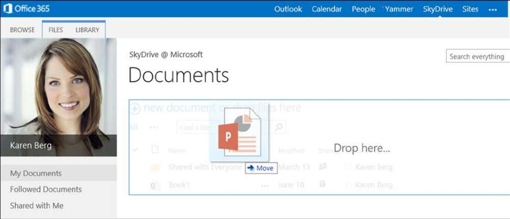 Chapter 2 ■ Using OffiCe 365 and WindOWs intUne Figure 2-11. Uploading documents to Office 365