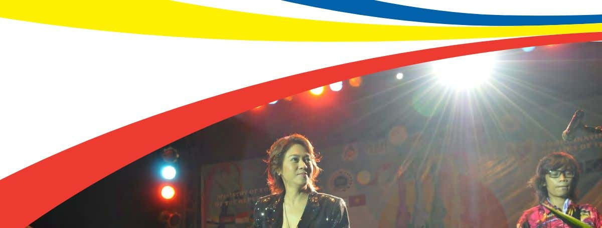 ASEAN messages be more widely spread throughout the region. Philipines-born singer, Maribeth, was one of the