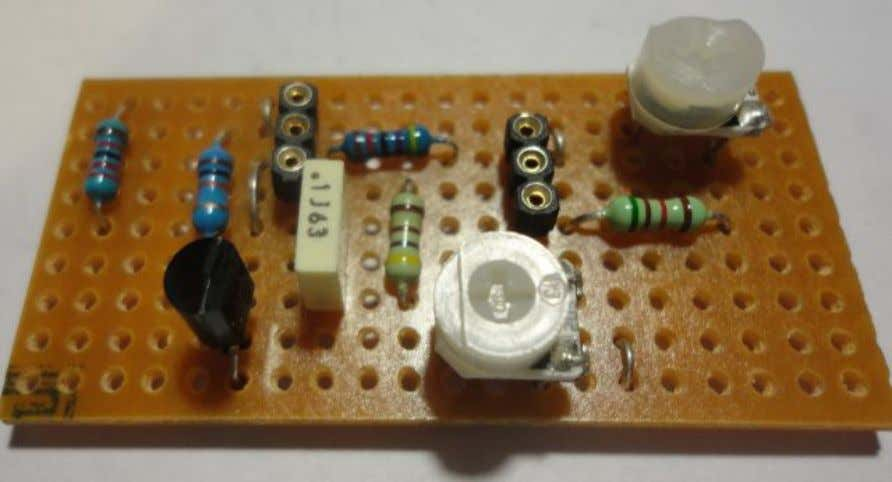 single leg of the trim potentiometers should be to the left 4. Add the remaining resistors.