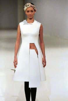 g&feature=related hussein chalayan http://www.youtube.com/watch?v=g3gZZCm6Th
