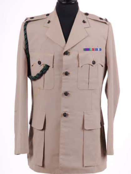 No 4 Dress Description: Uniform, Mans. No 4 Dress. Officers, Army; Cloth: Polyester and wool, Stone