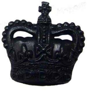 prominent within the crown. NSN: 8455-99-793-9991 Available through: shop@riflesdirect.com Tel: 0845 6434 584