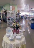 7pm 5211 Lomas NE, Albuquerque, NM 87110 (505) 265-0443 www.assistanceleagueabq.org Visit our gently used Furniture