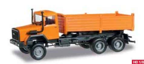 rigid tractors will be delivered in the beginning of 2015. H0 1/87 304498 Magirus Hauber Baukipper