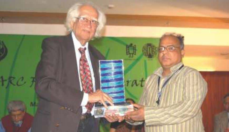 Chief Coordinator in Pakistan, with SAARC LITERARY AWARD. Dr. Abid Hussain presenting the SAARC LITERARY AWARD