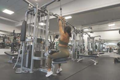 EXERCISE LIBRARY: WEEK 2 DAY 4 Lat Pull Down Narrow Grip DB Single Arm Rows Lat