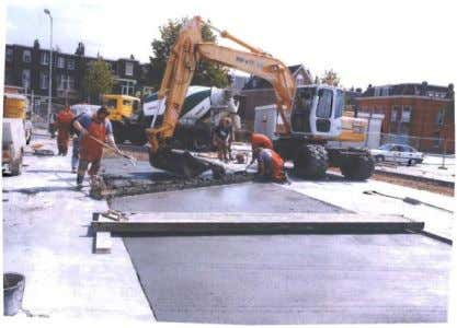 requires vibrating needles and a vibrating leveling beam. Figure 14. Manual construction of concrete pavements (CROW,