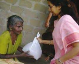 meals in Mumbai Palakkad ashram, Kerala, hot meal service Staple foods are regularly distributed to remote