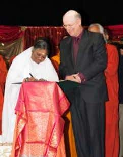 Amma endorsed the Earth Charter in 2009 GREENfRIENDS EARTH CHARTER In New York in 2009,