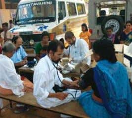 The Mobile Telemedicine Unit went by train to Bihar Mobile Emergency Unit operating after the 2004