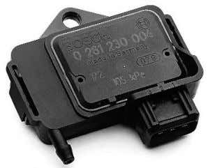 throttle posi- tion switch assembly that causes the ECU to provide multiple injection pulses on rapid