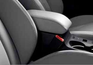 lights when unlocking Dual-zone electronic climate control Front centre armrest* Rear parking sensors – facilitate