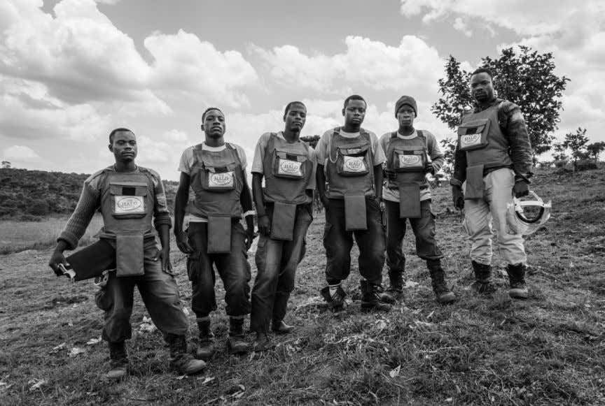 The Halo Trust demining team - Andulo, Angola DEVELOPING A DOCUMENTARY PHOTOGRAPHY PROJECT 4