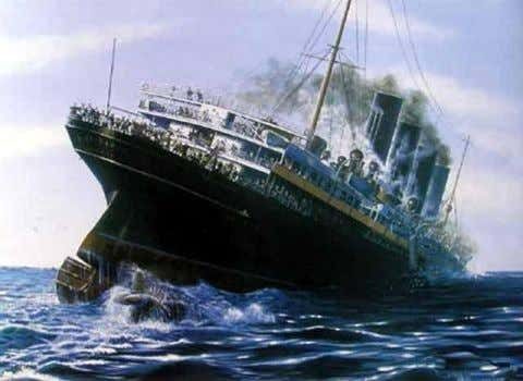 the British passenger linger Lusitania is sunk, by a U-boat killing 1,198 (128 Americans)  This