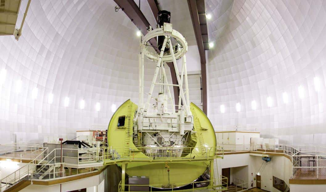 B. Norris Figure 2. The 3.9-metre Anglo-Australian Telescope, opened in 1974, and became operational the follow-