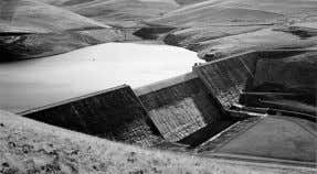 Roller-compacted concrete (RCC) Willow Creek Dam constructed in 1982, was the world's first all-RCC Dam. 65