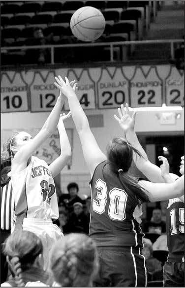 www.delphosherald.com Wednesday, December 28, 2011 The Herald — 7 Lady Jeffcats claw by Indians 54-50 By
