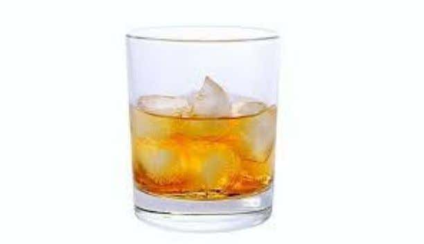 si obtinem acest cocktail perioculos de… delicios ). 12. RUSTY NAIL (Whisky-ul scotian se imbina perfect