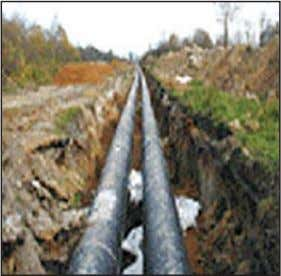 line since the pipes are insulated and circulate hot water. Figure 3: Water Pipes in District
