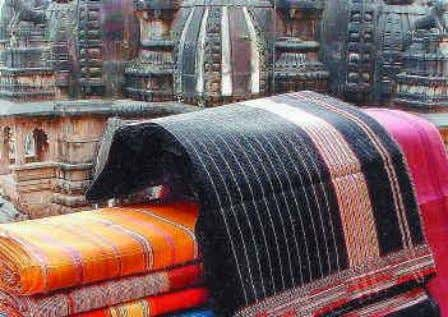 Co-operatives and Orgs from India • Rehwa Society - Handloom weavers of Maheshwar, MP - More