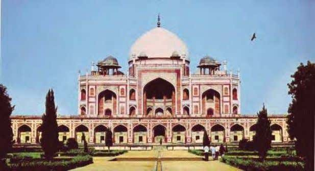 first visible in Humayun's tomb. It was placed in the centre of a huge formal chahar
