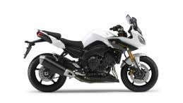 50L Escape FZ8-Series Racing con silenciador de carbono Competition White Fazer8 www.yamaha-motor.es Midnight Black