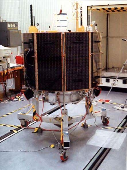 and the results made available to the customer. Figure 7.2-2 Spacecraft Processing Issue 2, November 2001