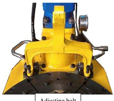 tong can be adjusted easily with the hydraulic bucket. Adjusting bolt 4.3 Installing hydraulic pipeline See