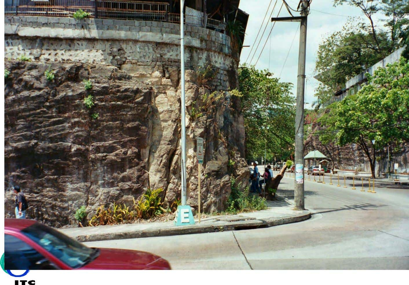 Failing slope in Manila, Philippines Seoul, South Korea - classification deteriorating slope stability - Robert Hack