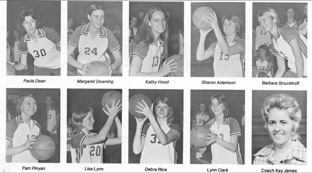 February 16, 2012 SportS page 10, campuS carrier 1976 championship team honored Paul Watson Sports Editor