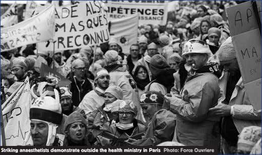Striking anaesthetists demonstrate outside the health ministry in Paris Photo: Force Ouvriere